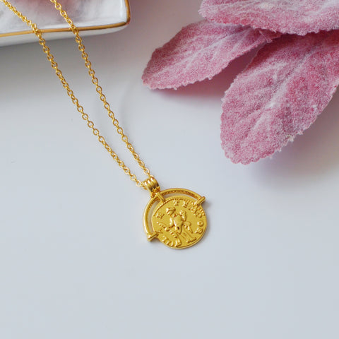 THE RETRO ROMAN ARC COIN NECKLACE