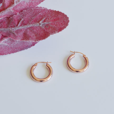 THE CLASSIC 18K GOLD PLATED HOOP EARRINGS (3 colors)