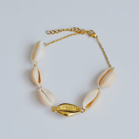 THE COWRIE SEASHELL GOLD PLATED BRACELET