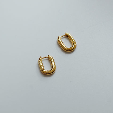 THE FRENCH CHUNKY HOOP EARRINGS (2 Styles)