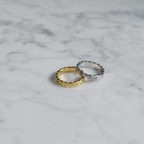 THE PETITE CRUSH RING (Two Colors)