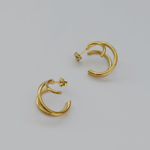 THE GOLD MULTI LAYERED HOOP EARRINGS