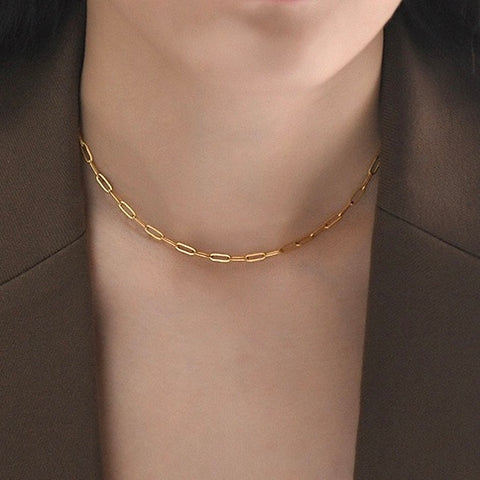 THE MINIMALIST VINTAGE PAPERCLIP GOLD CHAIN CHOKER NECKLACE