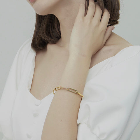 THE THICK PAPERCLIP CHAIN BRACELET