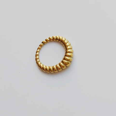 THE FRENCH ROPE TWISTED RING