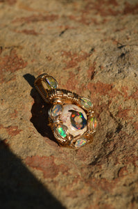 Pota Óir- 7 Fire Opal in 14kgf