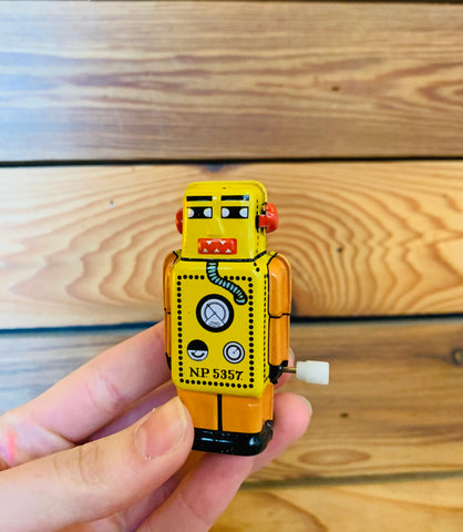 Mini Lilliput Bot Wind Up Toy