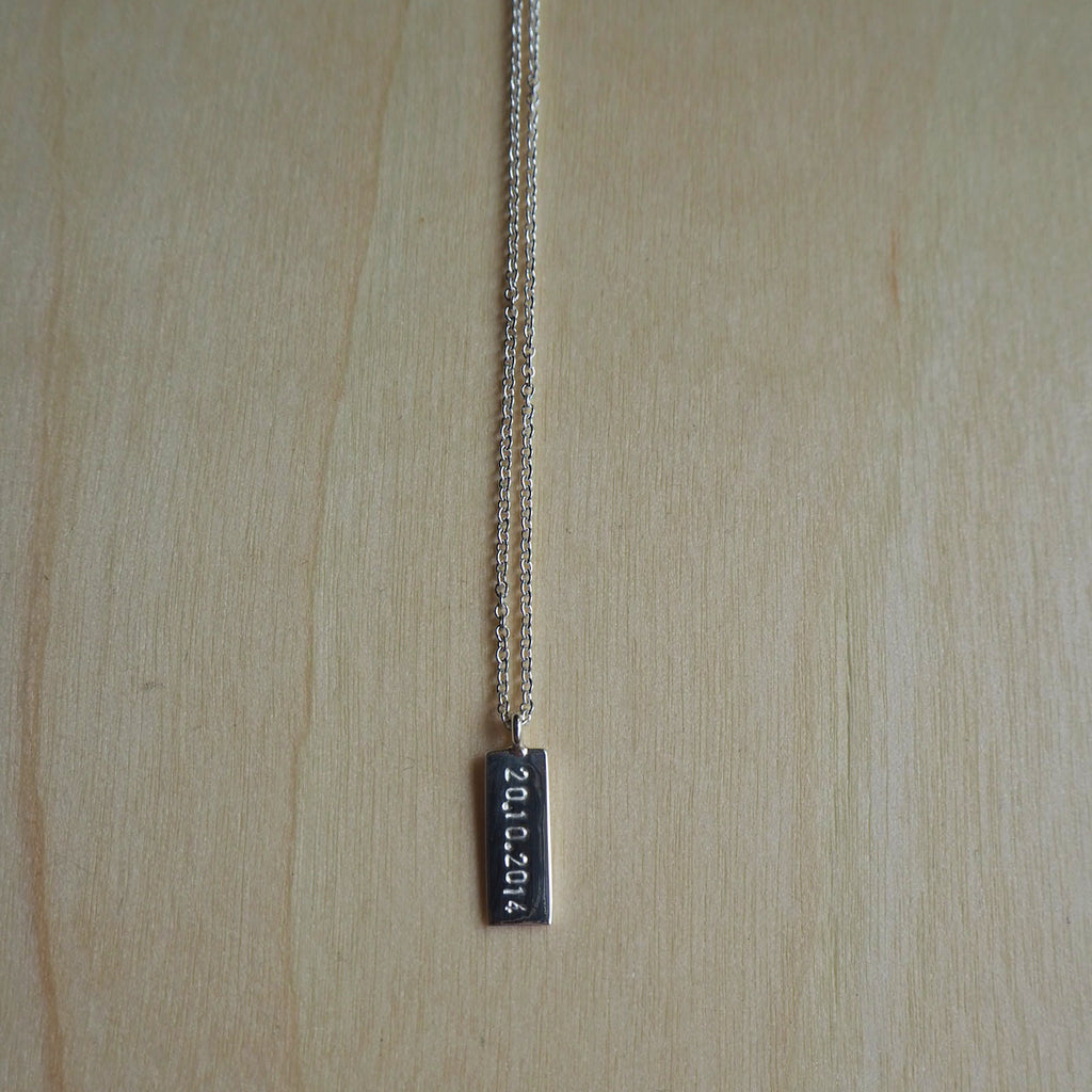 Single Mini Bar Necklace