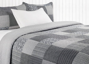 Pedro 3 Piece Quilt Collection