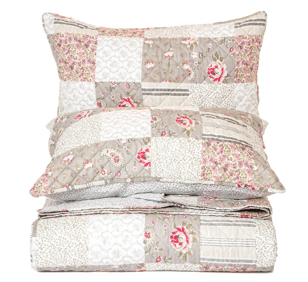 Aziza 3 Piece Quilt Collection
