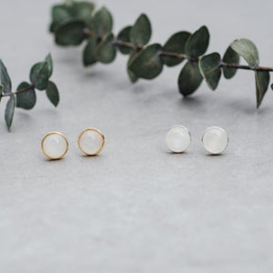 Glee - Anytime Studs, Gold/White Moon Stone