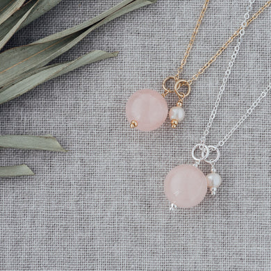 Glee - Globe Necklace, Silver/Rose Quartz/White Pearl