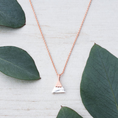 Glee - Peak Necklace, Rose Gold/Howlite