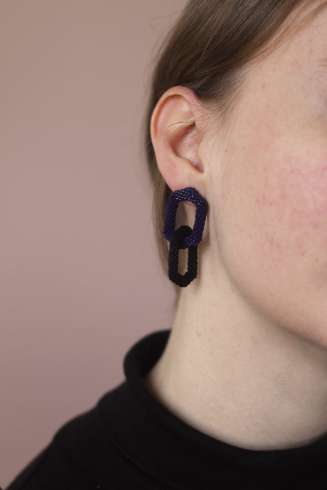 Double Link Earring - Navy & Black