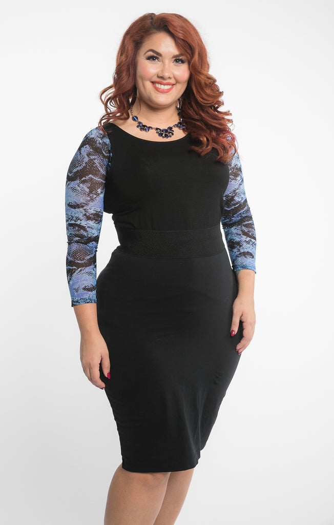 Basic 3/4 Sleeve Snakeskin Printed Blue/Black Mesh - Plus Size