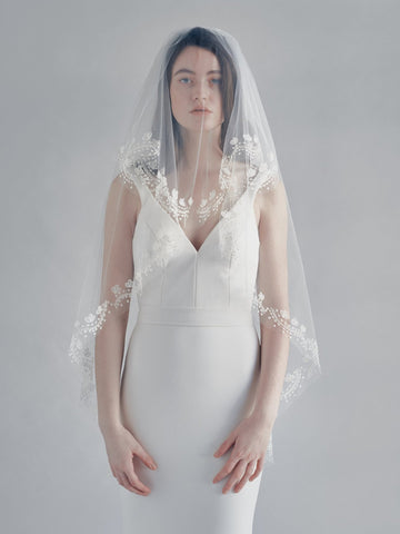 EMBROIDERED BRIDAL VEIL