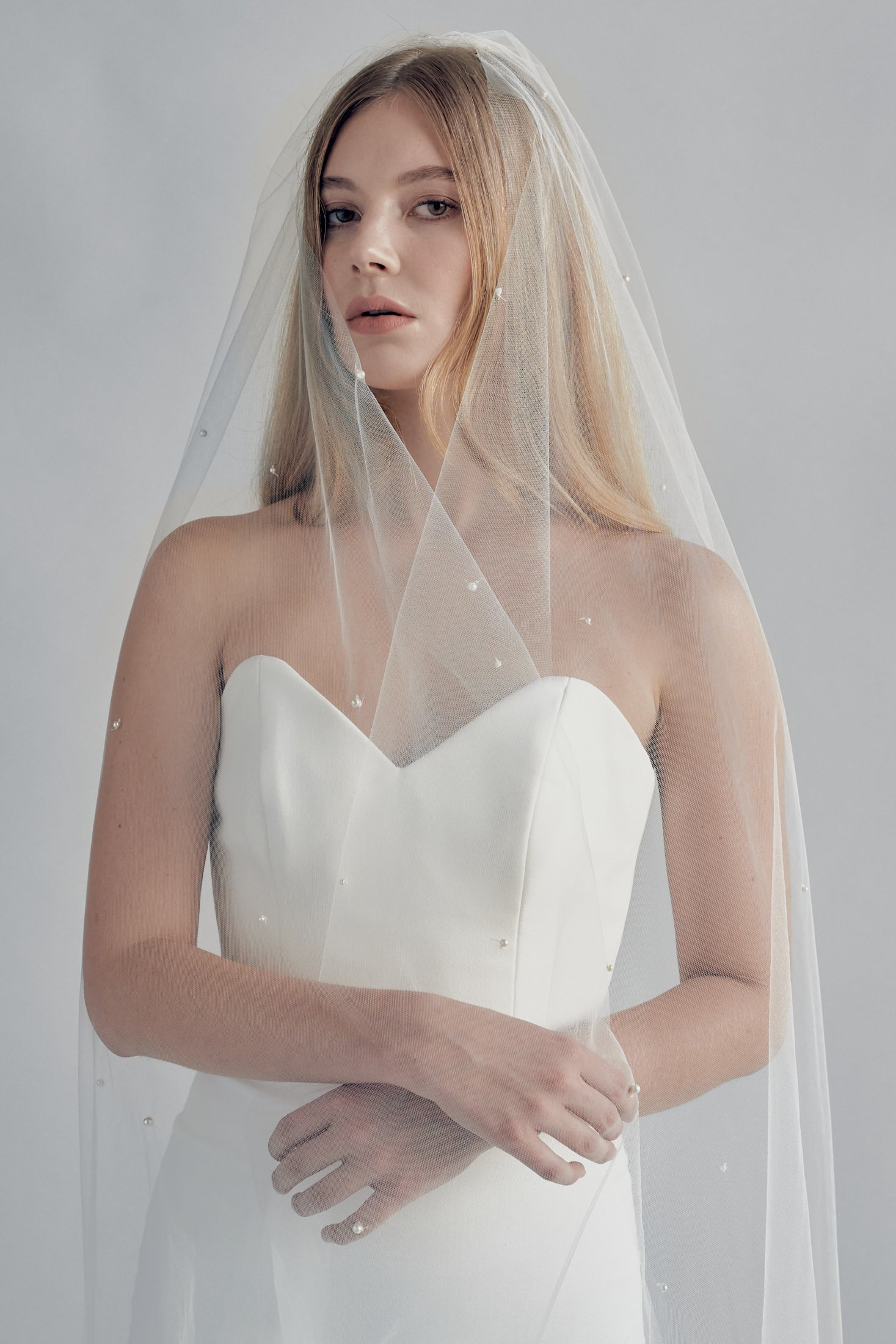SPIRIT PEARL BEADED VEIL