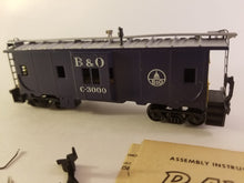 Railroad - Athearn B&O Bay Window Car