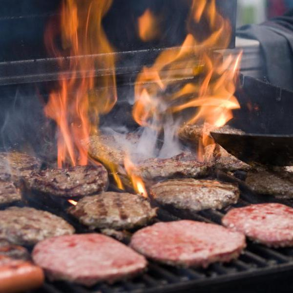 Free range pork burgers and grass fed beef burgers from Pheasants Hill Farm buy online free delivery Ireland, England, Scotland, Wales, UK nationwide