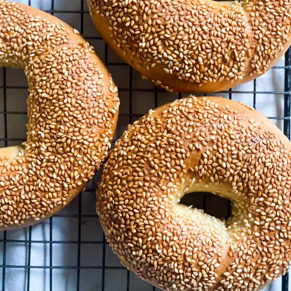 WHOLE WHEAT TOASTED SESAME BAGEL