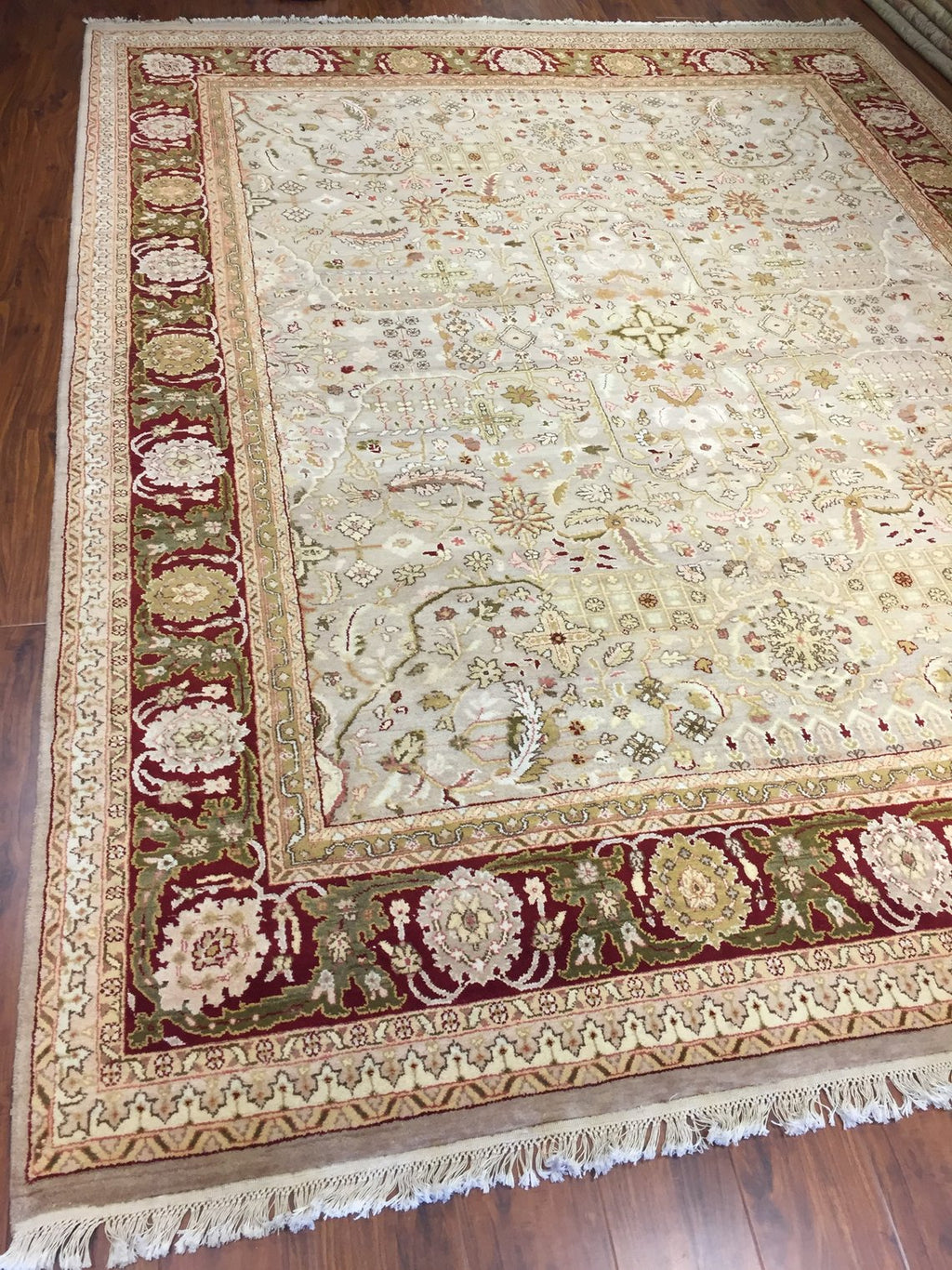 Authentic Handmade fine Indiaian Rug-Wool Floral Pattern-Light Olive/Burgundy-(8 by 10.2 Feet)