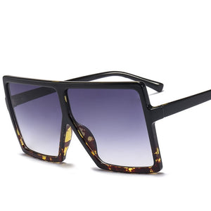 Women's Oversized Square Gradient Shades Discounted Sunglasses - ElegantBags.Shop