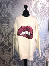 Load image into Gallery viewer, Sequin lip jumper- Cream