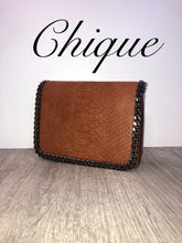 Load image into Gallery viewer, Tan snake skin bag