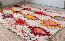 Load image into Gallery viewer, Vintage Berber rug 'Ourika'