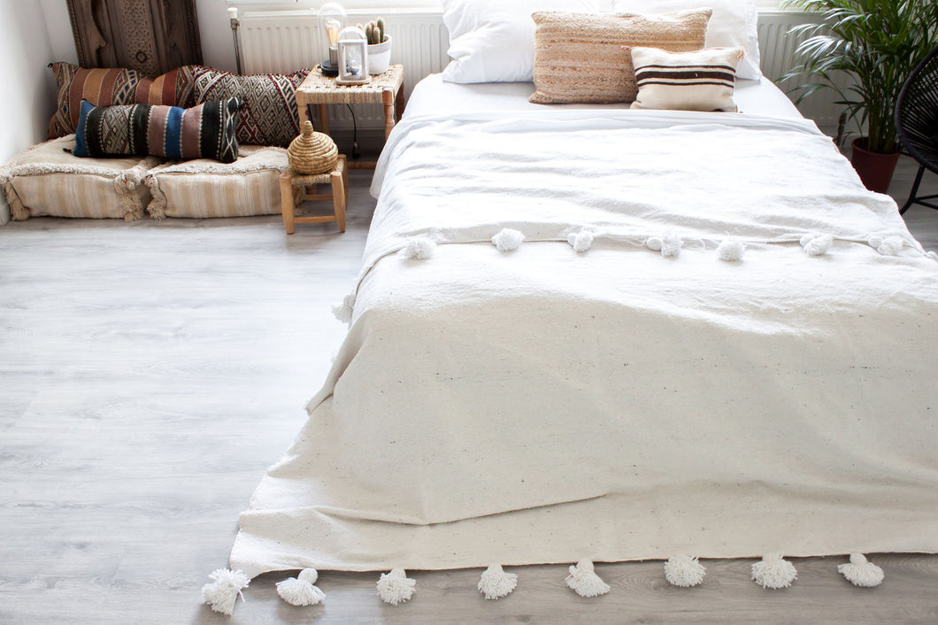 (Temporarily) Sold Out - Pompom Blanket 'White'