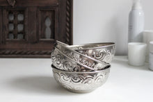 Load image into Gallery viewer, Hammam Bowl - Small - a Modern Medina