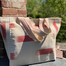 Load image into Gallery viewer, Handwoven cotton bag Beige/Red