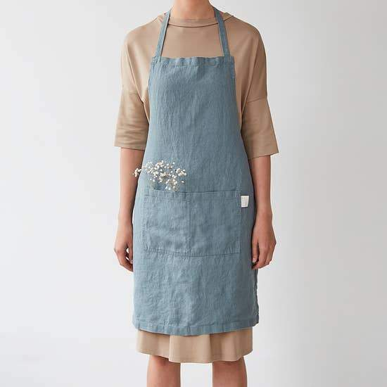 Linen Apron in Blue Fog
