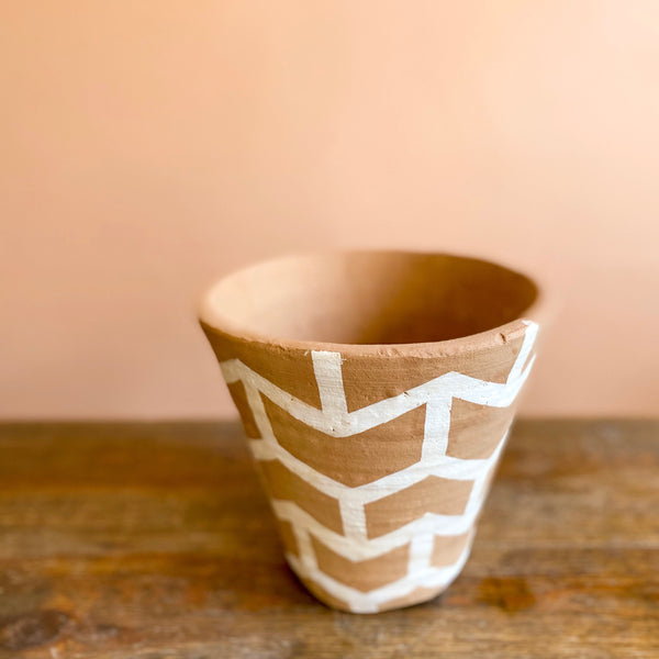 Ava Chevron Pot