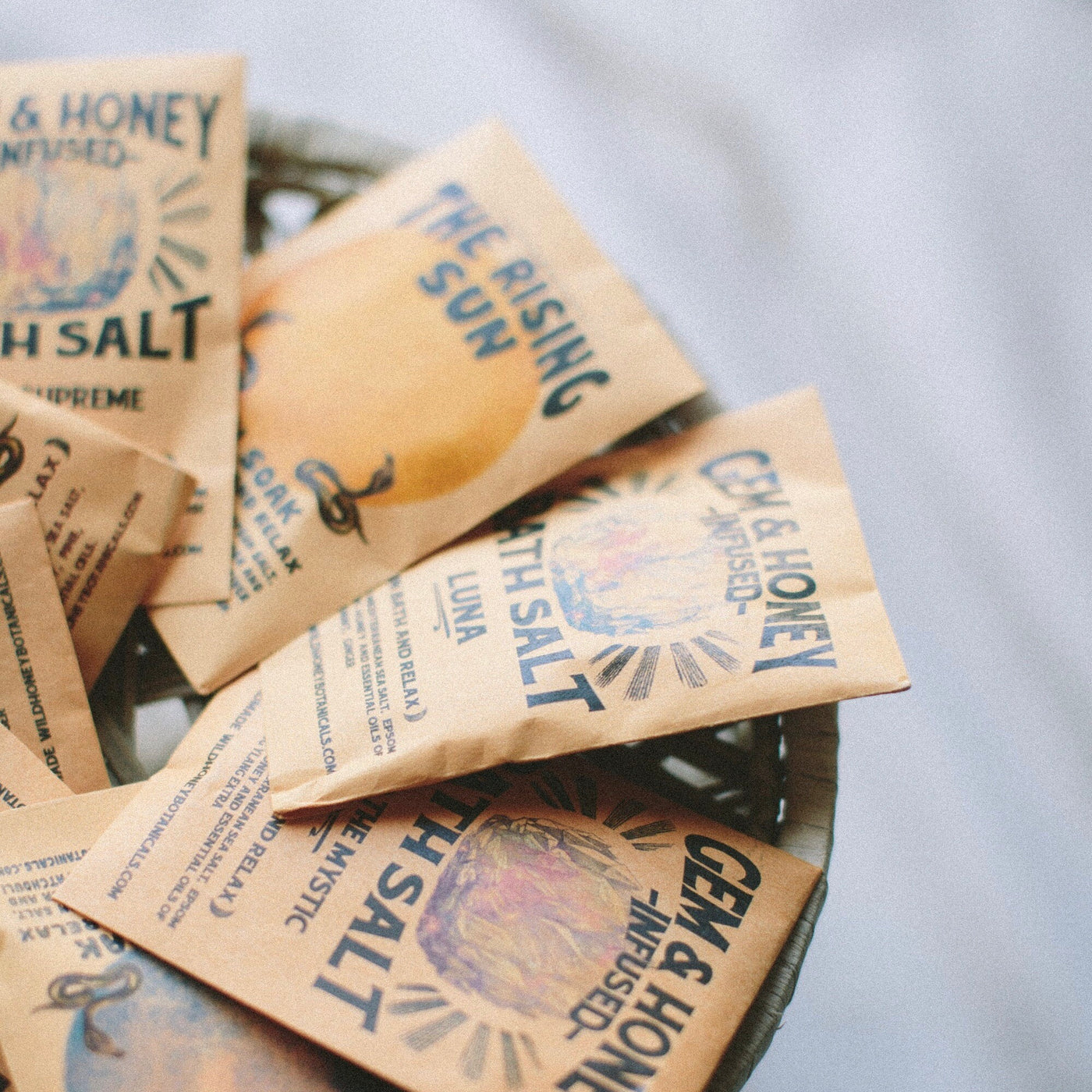 Wild Yonder Botanicals: Gem Honey Infused Bath Soak Packets