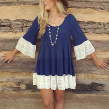 Round Neck Lace Patchwork  Bell Sleeve Three Quarter Sleeve Casual Dresses