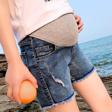 Maternity Adjustable Abdomen Supportive Short Jeans