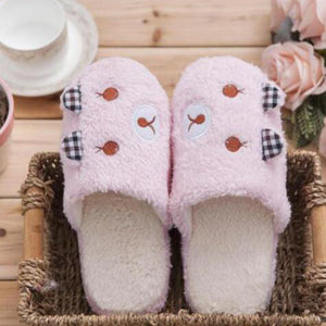 Bear Lovely Warm Slippers In Pink