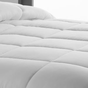 Down Alternative Microfiber Comforters