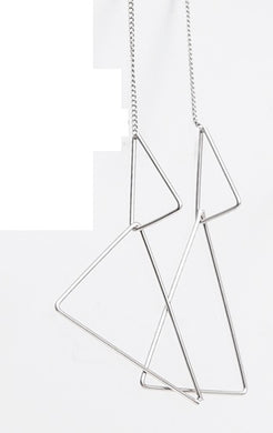 Ear Dual Triangle Drapes Satin Silver