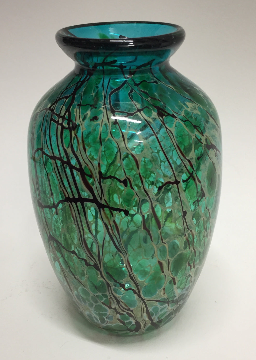 Traditional Vase, Med Blosson Green