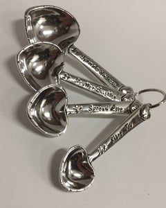 Heart Measuring Spoon Set in Pewter