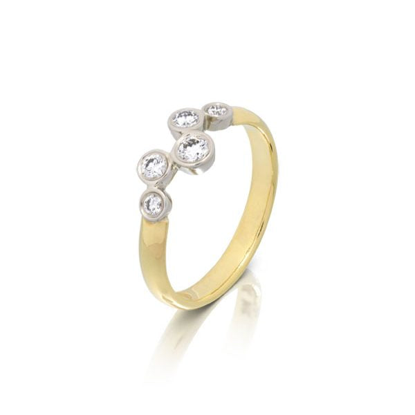 18K Yellow Gold Ring with 5 Round Diamonds