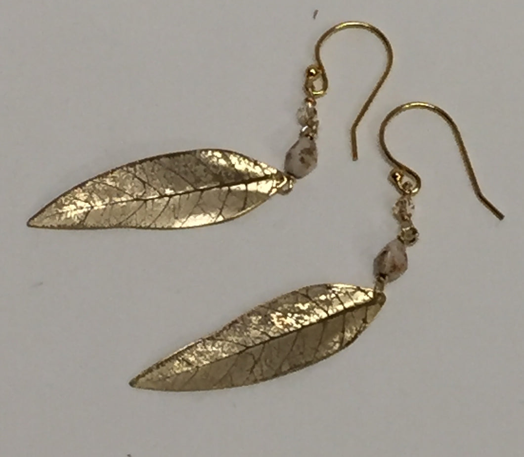 Ear, Gold Shimmering Willow