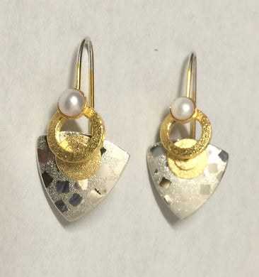 Contemporary Sterling Silve and Vermeil Earring With Pearl