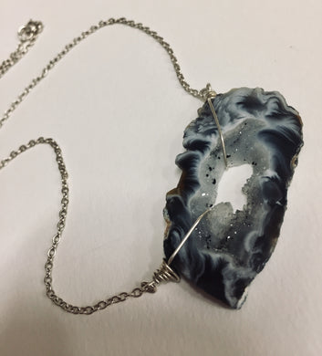 Neck, SS Wire Wrapped Geode Dark