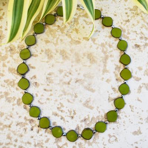 Full Circle Necklace in Avocado