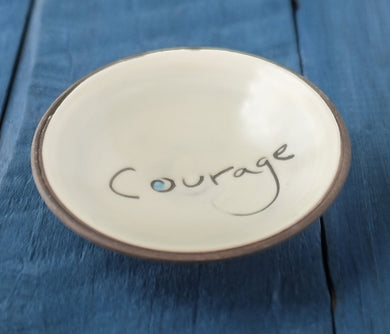 Mini Bowl, Courage