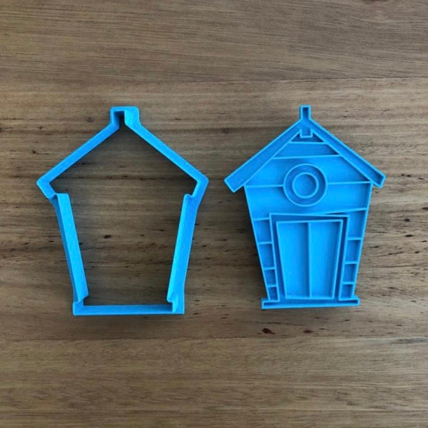 "Beach Box Beach House Cookie Cutter & Optional Stamp measures approx. 90mm tall by 67mm wide.  Be sure to look at our other Summer theme cookie cutters in our ""Summer"" section."