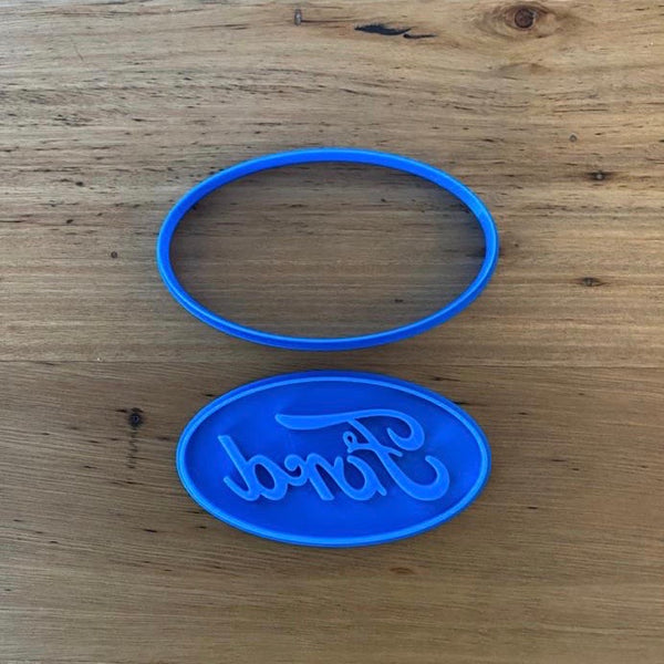 Ford logo 2 piece Cookie Cutter and Fondant Stamp set measures approx. 60mm tall by 105mm wide. We also have other car badges available - see our other listing!